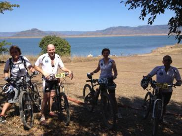 WMTBC members Leigh Smith, Rodney Mills, Chris Labes & Bob Clanfield finished the ride and sheltering from the sun!!